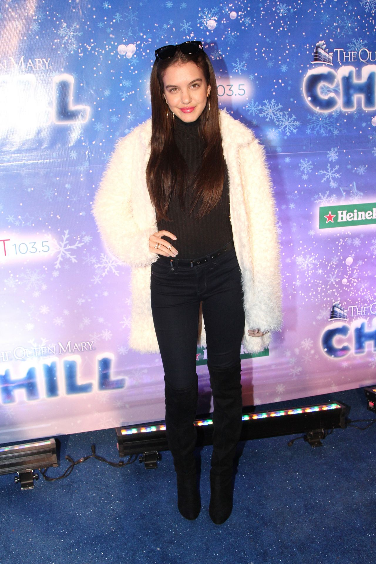 Lilimar Hernandez The Queen Mary S Chill Tree Lighting
