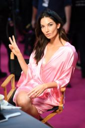 Lily Aldridge – Victoria's Secret Fashion Show 2016 Backstage