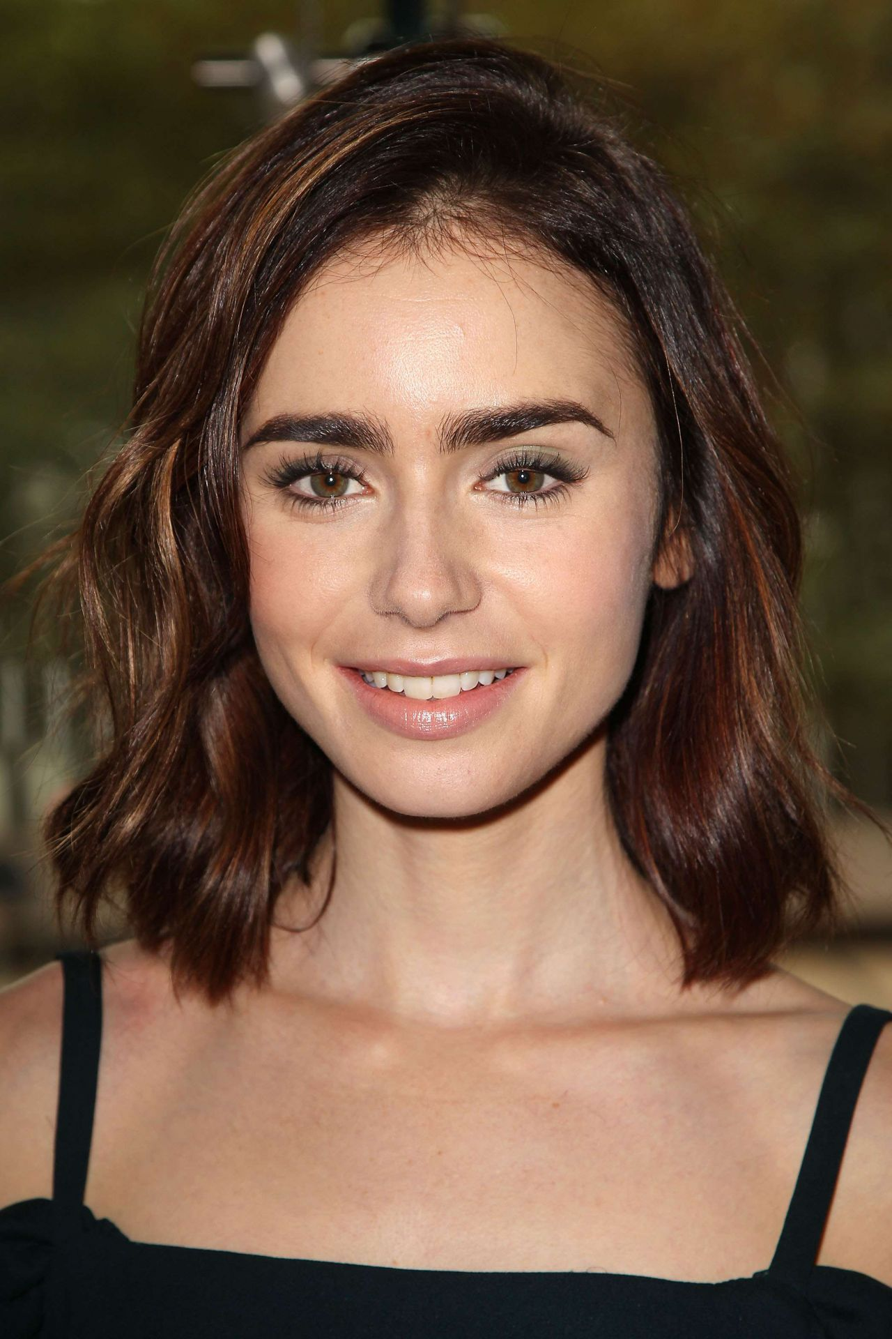 Lily Collins - Lunch i...