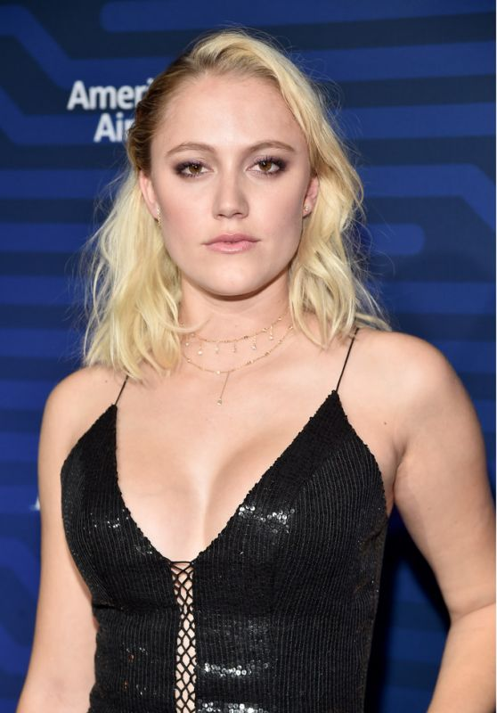 Maika Monroe - The Hollywood Reporter
