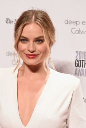 Margot Robbie - 2016 IFP Gotham Independent Film Awards in New York