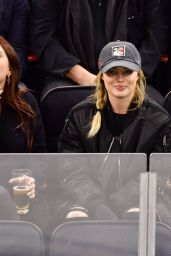 Margot Robbie at a New York Rangers Game in NYC 11/27/ 2016