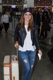 Maria Menounos Travel Outfit - Departed Melbourne International Airport 11/1/ 2016