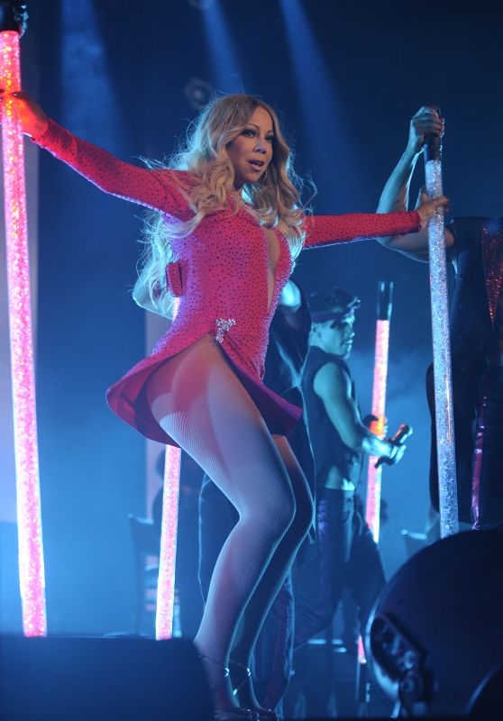 Mariah Carey - The Sweet Sweet Fantasy Tour in Mexico City 11/8/2016
