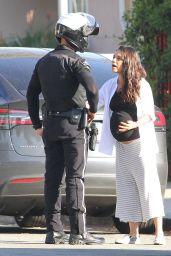 Mila Kunis - Talking to the Police in Beverly Hills 11/7/ 2016