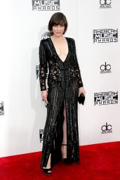 Milla Jovovich – 2016 American Music Awards in Los Angeles
