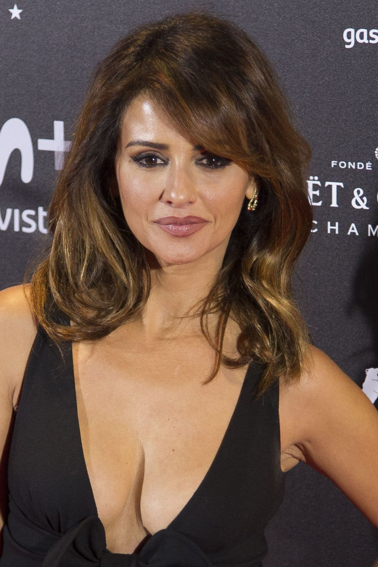 Monica Cruz The Queen Of Spain Premiere In Madrid
