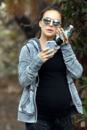 Natalie Portman - Hike in Los Angeles 11/16/ 2016