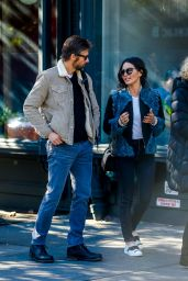 Olivia Munn Meets With Bart Freundlich To Vote in The US Election, New York 11/8/2016