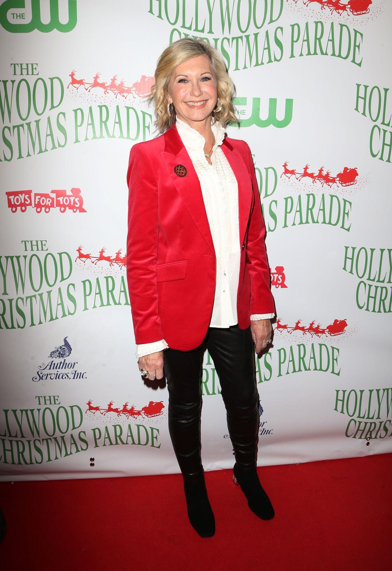olivia newton john 85th annual hollywood christmas parade in hollywood 1127 2016 - Olivia Newton John This Christmas