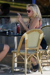 Pixie Lott - Out to Breakfast in Los Angeles 11/8/ 2016