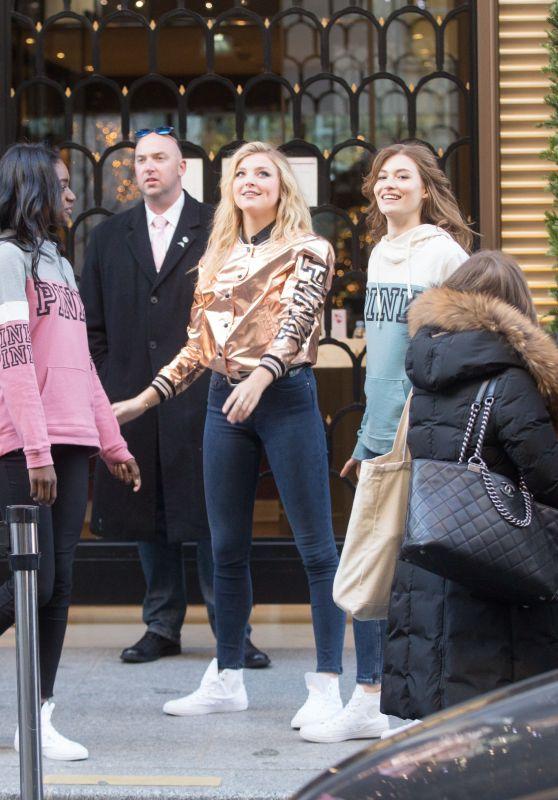 Rachel Hilbert, Grace Elizabeth & Zuri Tibby Pose in Front of the Mandarin Oriental in Paris 11/28/ 2016