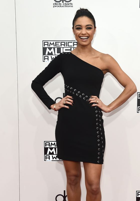 Rachel Smith – 2016 American Music Awards in Los Angeles