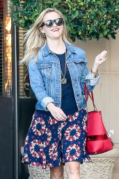 Reese Witherspoon - Shopping in Beverly Hills 11/26/ 2016