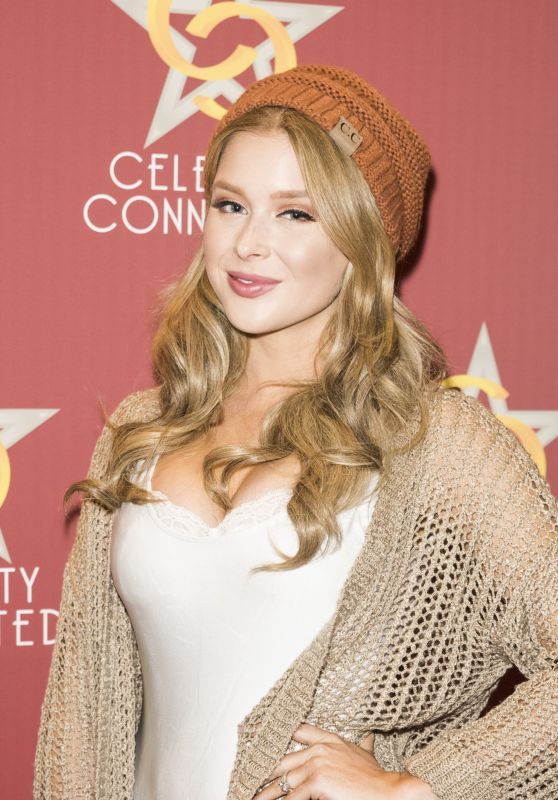 Renee Olstead - Celebrity Connected 2016 Luxury Gifting Suite in Hollywood