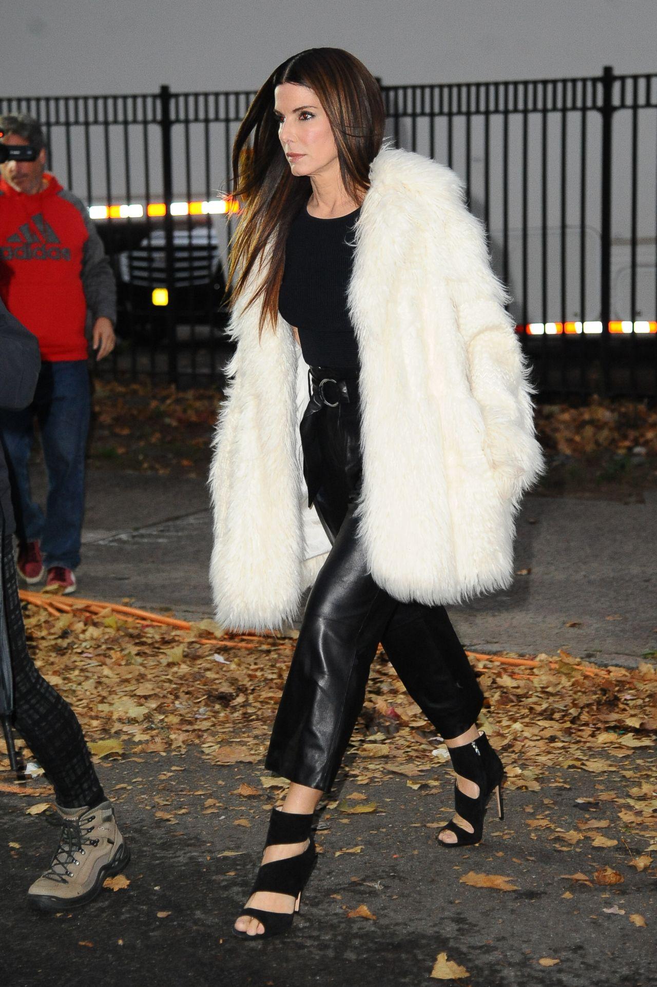 Sandra Bullock - Looking Fancy in Fur For 'Ocean's Eight' in