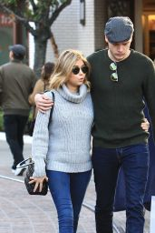Sarah Hyland and Dominic Sherwood - Christmas Shopping at the Grove in Los Angeles 11/29/ 2016