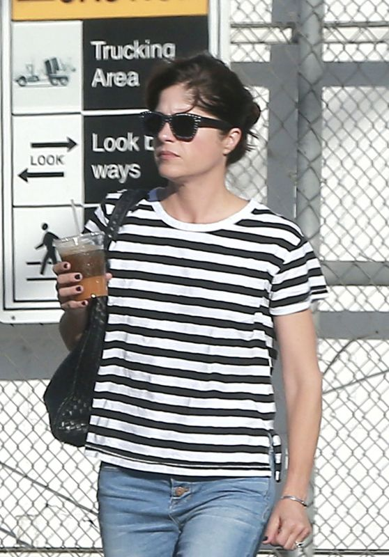 Selma Blair Shopping in Los Angeles 11/4/ 2016
