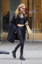 Stella Maxwell Urban Outfit - NYC 11/3/ 2016