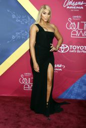 Tamar Braxton – Soul Train Awards 2016 at The Orleans Arena in Las Vegas