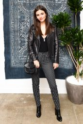 Victoria Justice - Madewell Celebrates The Holidays in Beverly Hills 11/15/ 2016