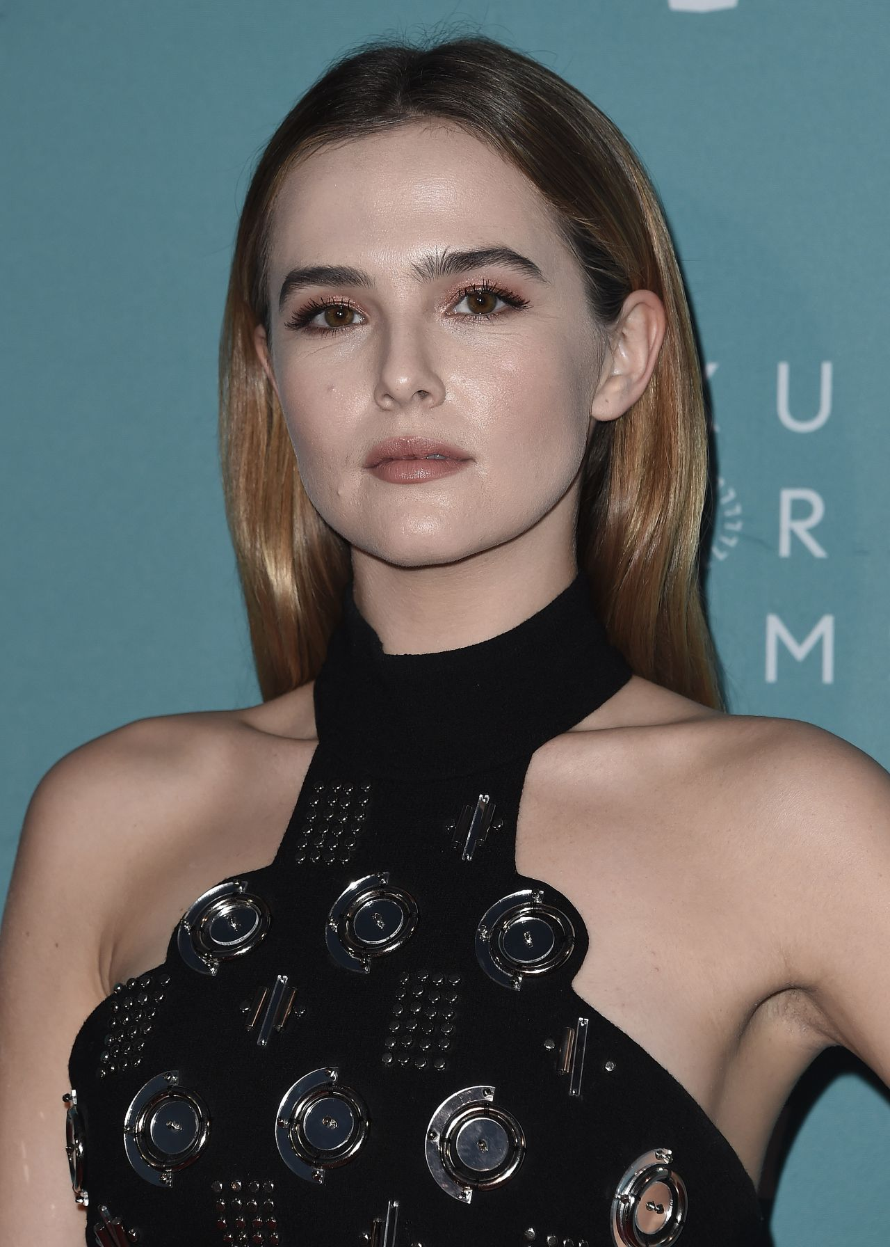 zoey deutch - photo #9