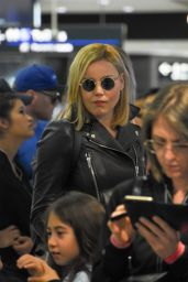 Abbie Cornish Travel Outfit - Airport in Sydney, Australia 12/18/ 2016