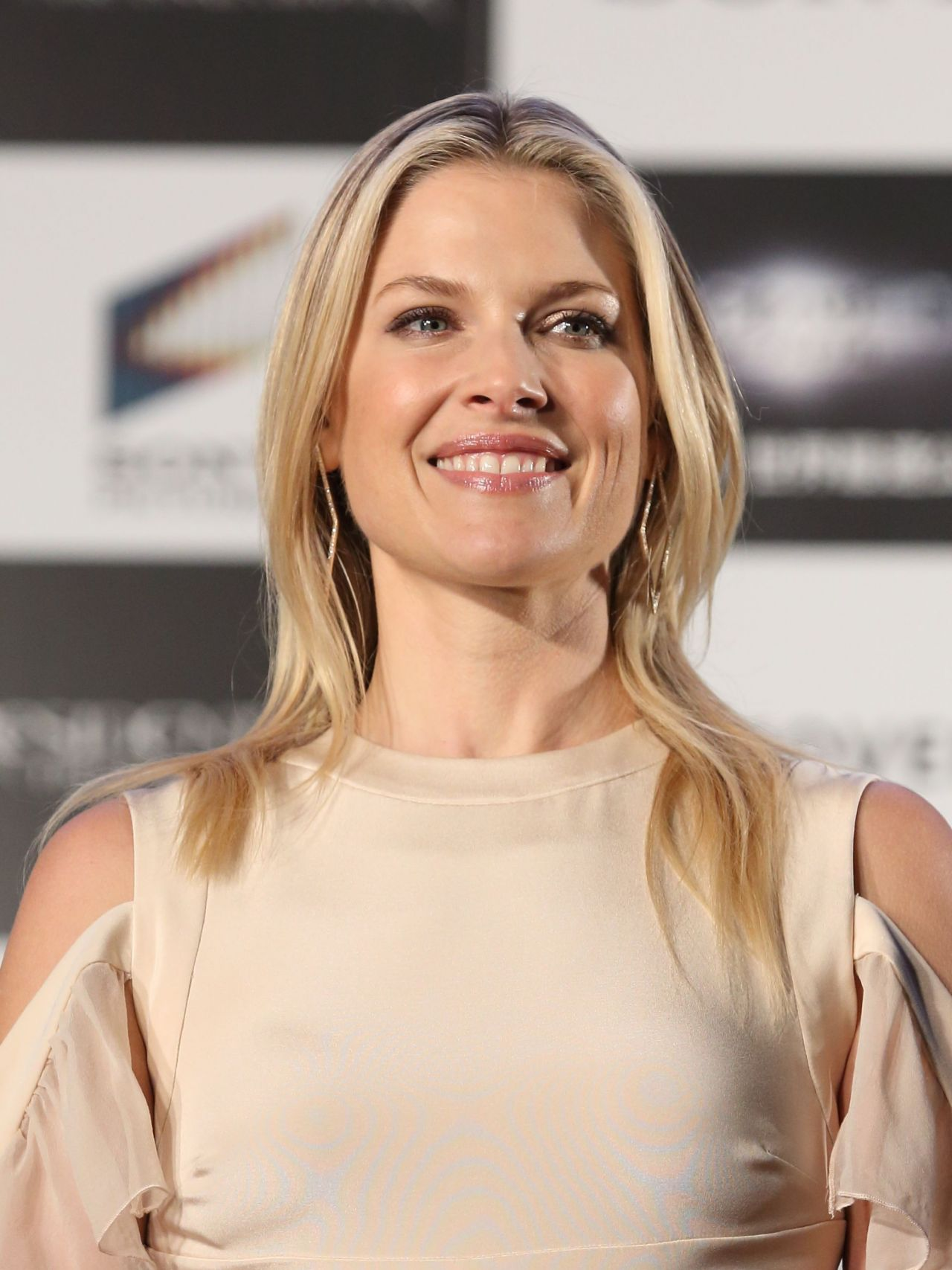 Ali Larter Resident Evil The Final Chapter Premiere