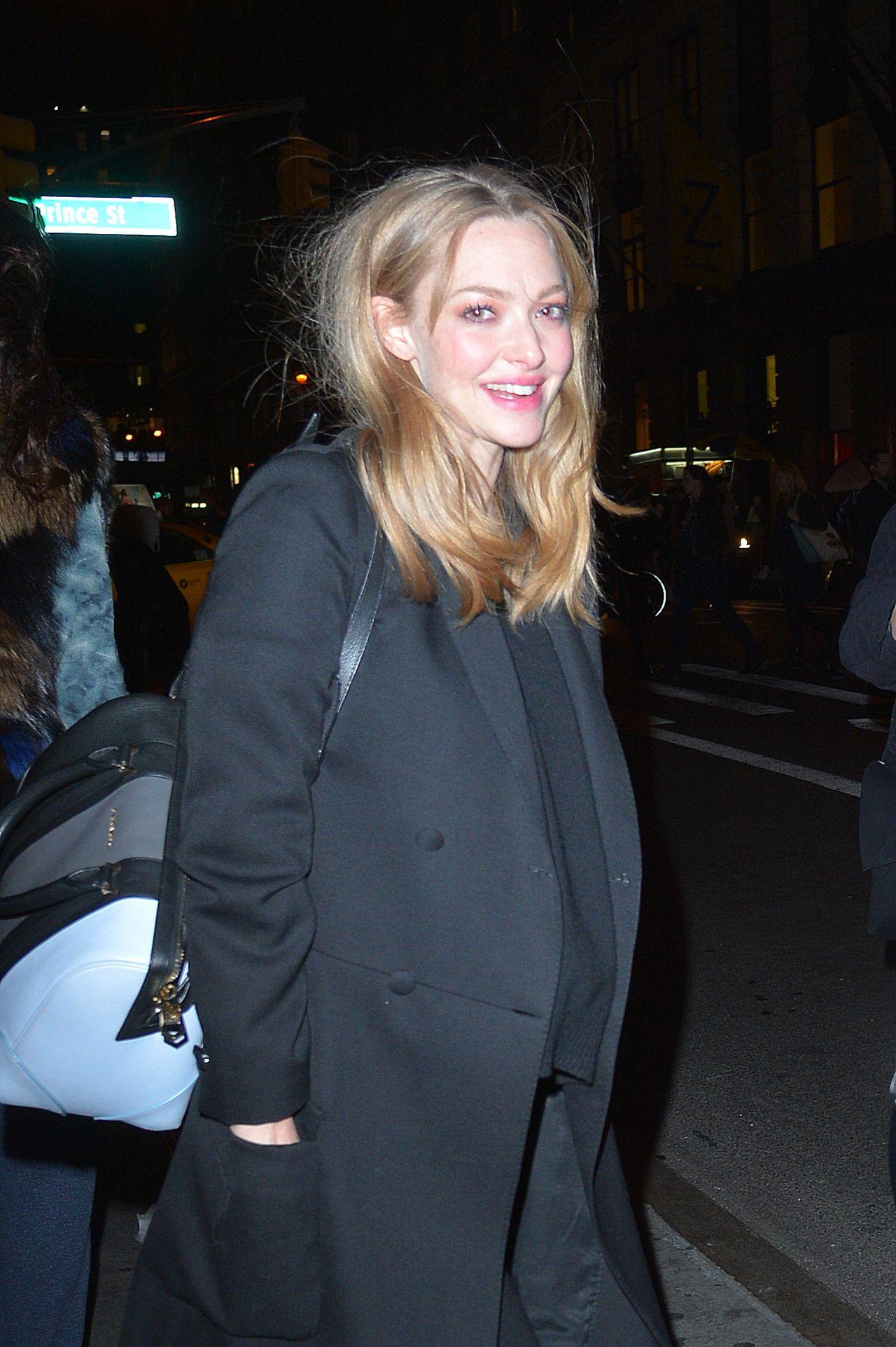 Amanda Seyfried - Leaving a Photoshoot in Soho in New York ... Amanda Seyfried