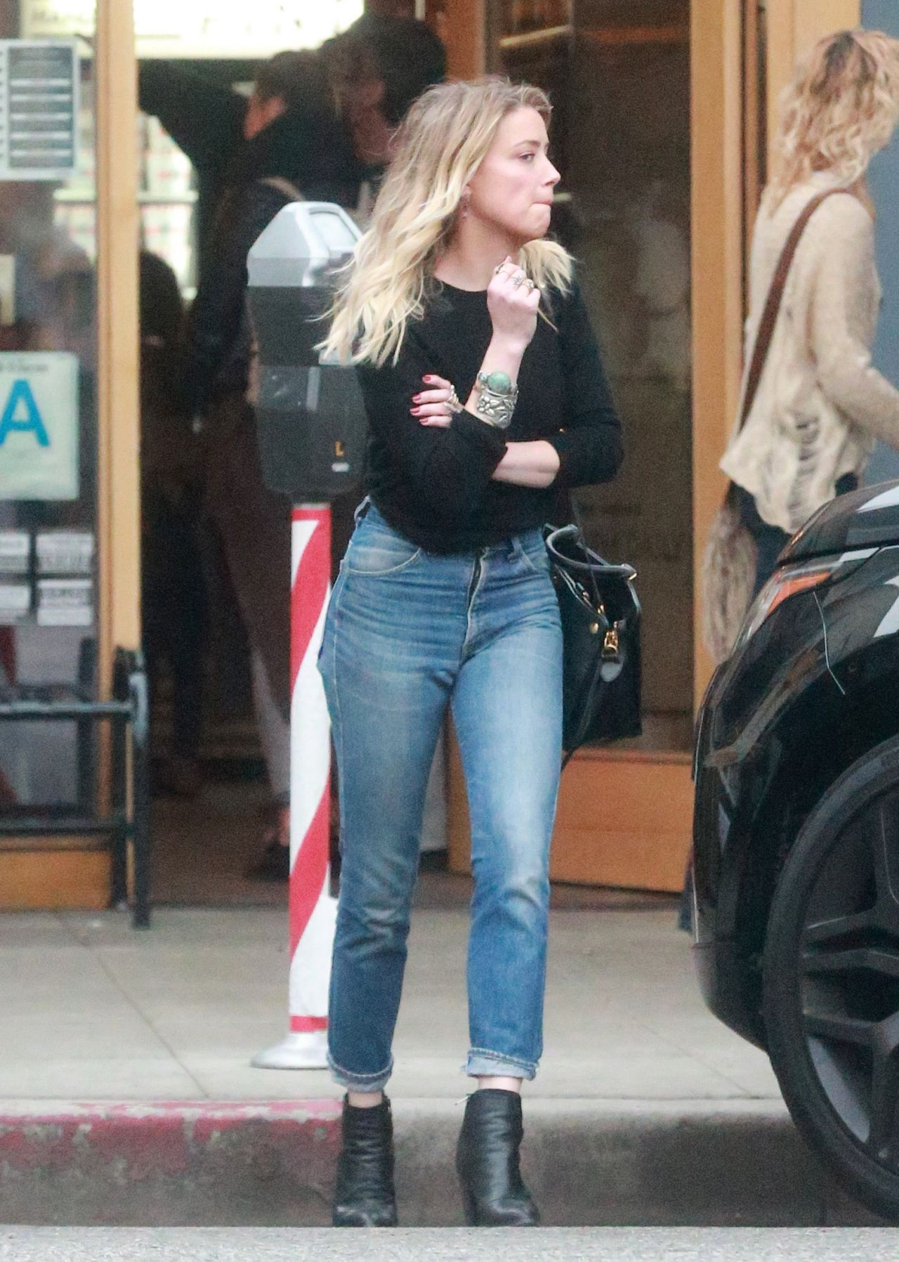 Amber Heard In Jeans Out For Dinner In Los Angeles 12 10
