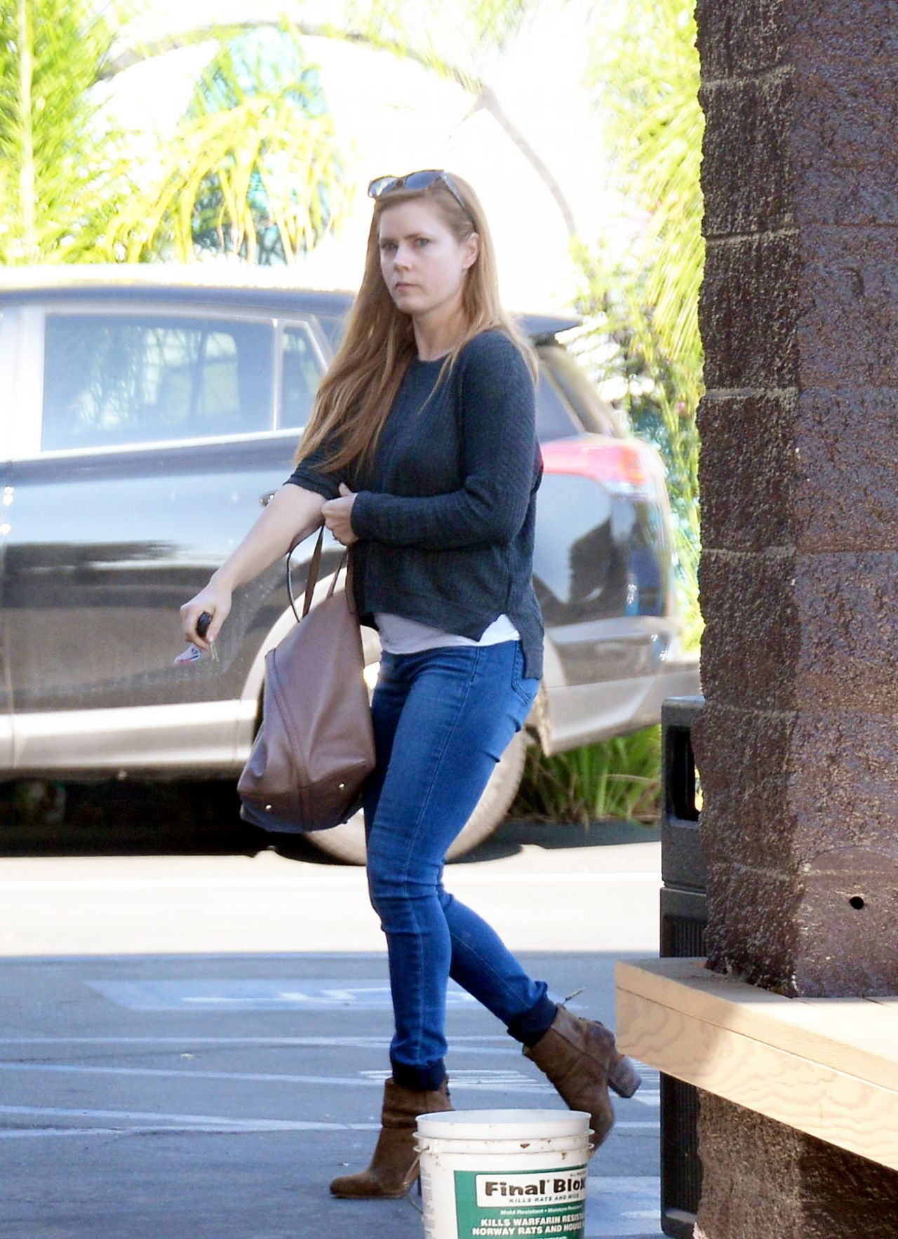 Amy Adams In Tight Jeans Shopping In West Hollywood 12 5