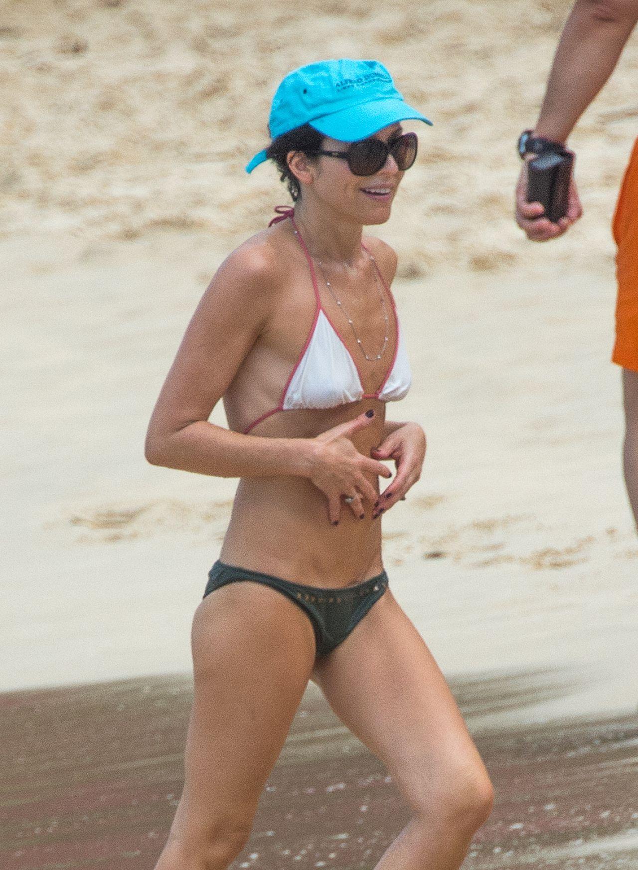 Cheryl ladd bikini detective