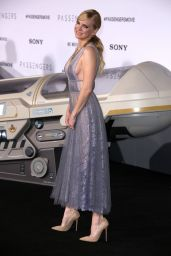 Anna Faris – 'Passengers' Premiere at the Westwood Village Theatre in LA