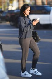 Ariel Winter - Leaving a Salon in Los Angeles 12/1/ 2016