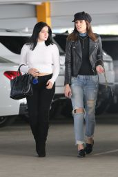 Ariel Winter - Shopping at The Westfield Shopping Center in Sherman Oaks 12/8/ 2016