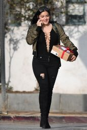 Ariel Winter - Shopping in West Hollywood 12/13/ 16