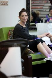 Ashley Greene - Stops by a Nail Salon to Get Her Nails Done, Beverly Hills 12/15/ 2016