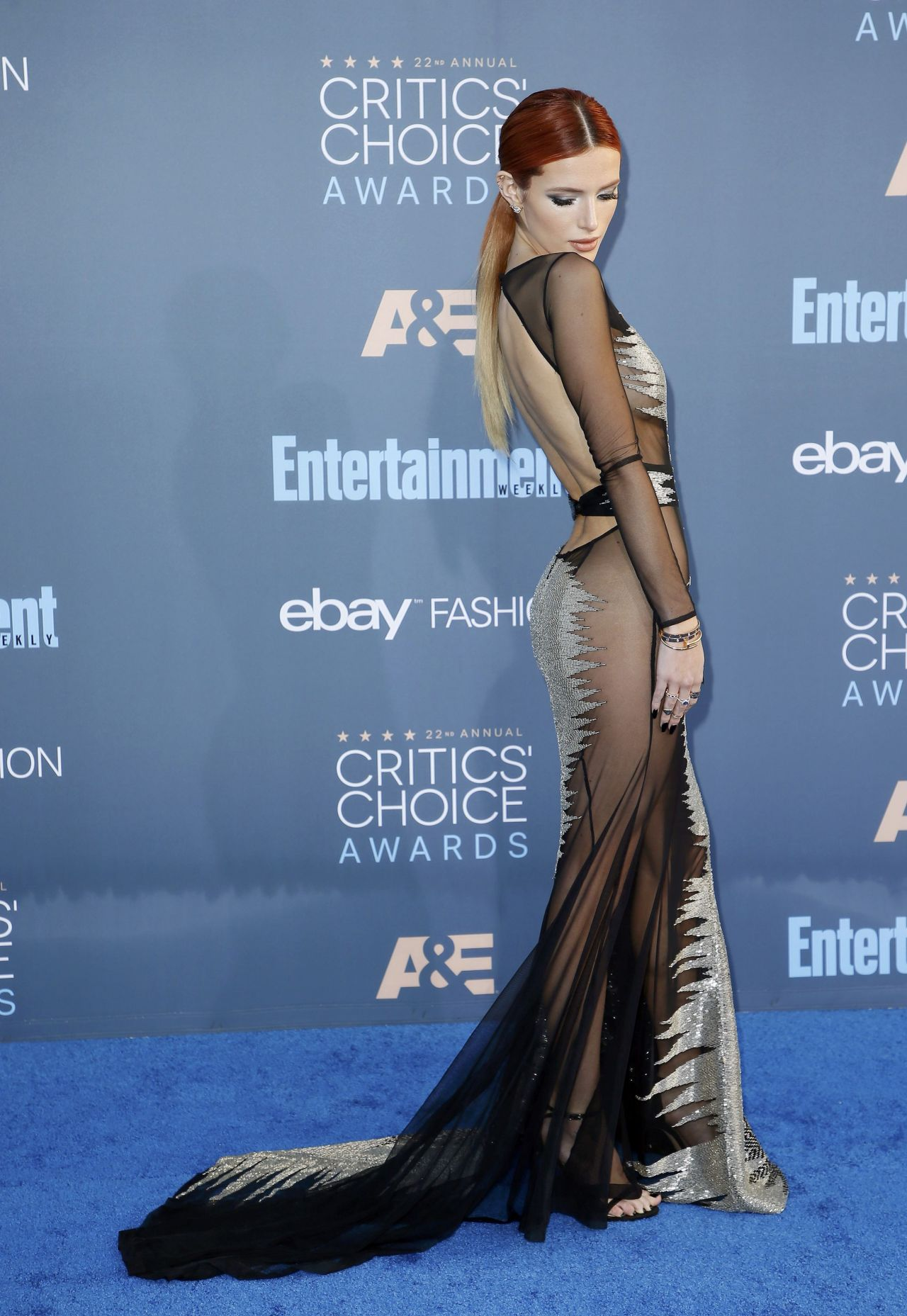 Bella Thorne 2016 Critics Choice Awards In Santa Monica 12 11 2016