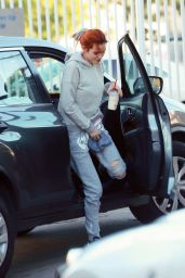 Bella Thorne - Visits a Tanning Salon in Los Angeles 12/27/ 2016
