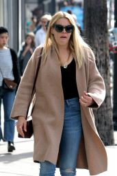 Busy Philipps Street Stye - Doesn