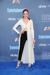 Carly Chaikin – 2016 Critics' Choice Awards in Santa Monica 12/11/ 2016