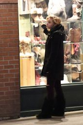 Chloë Grace Moretz - Enjoys Her Winter Vacation in Telluride Colorado 12/28/ 2016