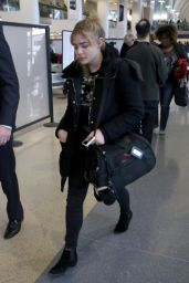 Chloe Moretz  - LAX Aiurport in Los Angeles 12/21/ 2016
