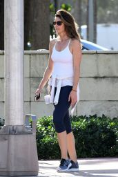 Cindy Crawford - Takes a Walk on Christmas Morning in Miami 12/25/ 2016