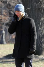 Claire Danes - On the Set of