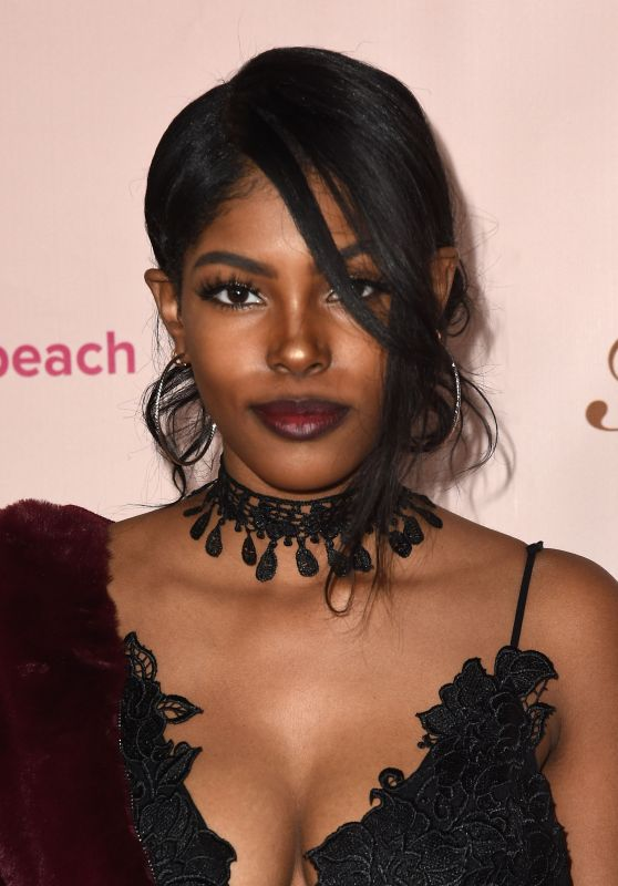 Diamond White – Too Faced's Sweet Peach Launch Party in West Hollywood 12/01/ 2016