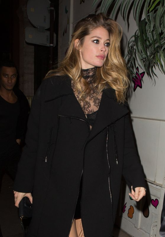 Doutzen Kroes at the Ferdi Restaurant in Paris, 11/30/ 2016