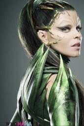 Elizabeth Banks – 'Power Rangers' Photos (+3)
