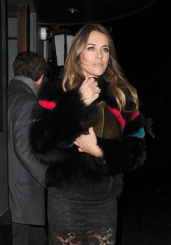 Elizabeth Hurley at The Ivy Restautant in London 12/8/ 2016
