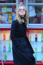 Elle Fanning - Grabs Lunch at Sweetgreen in SoHo 12/15/ 2016
